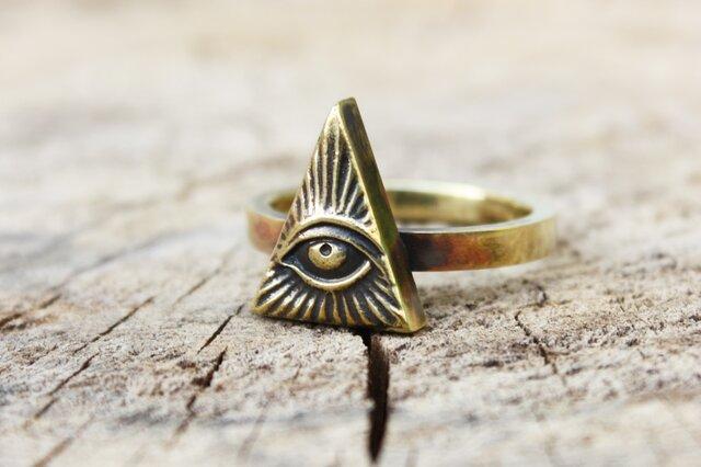 金色の目のリングの画像1枚目