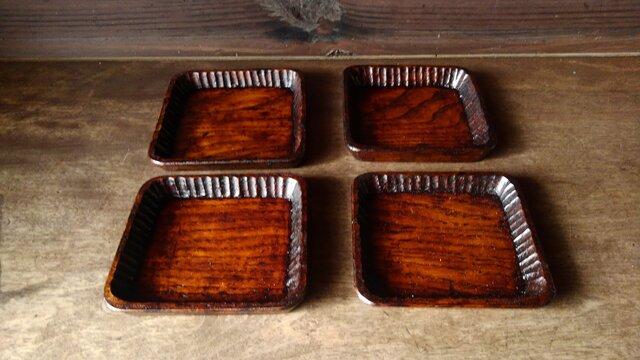 手彫りしのぎ豆皿の画像1枚目