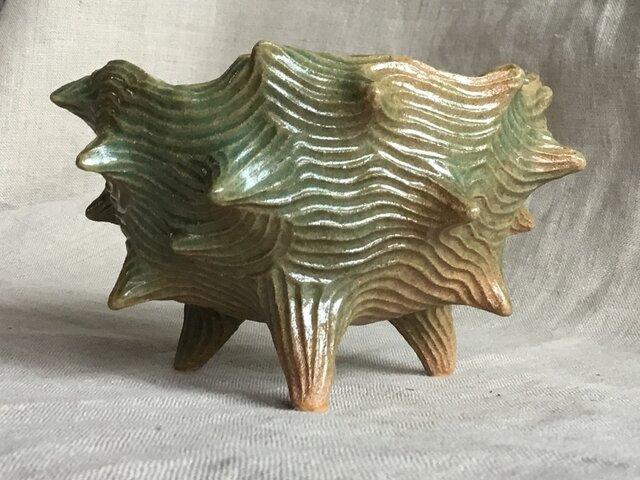 トゲトゲ波模様陶器植木鉢の画像1枚目