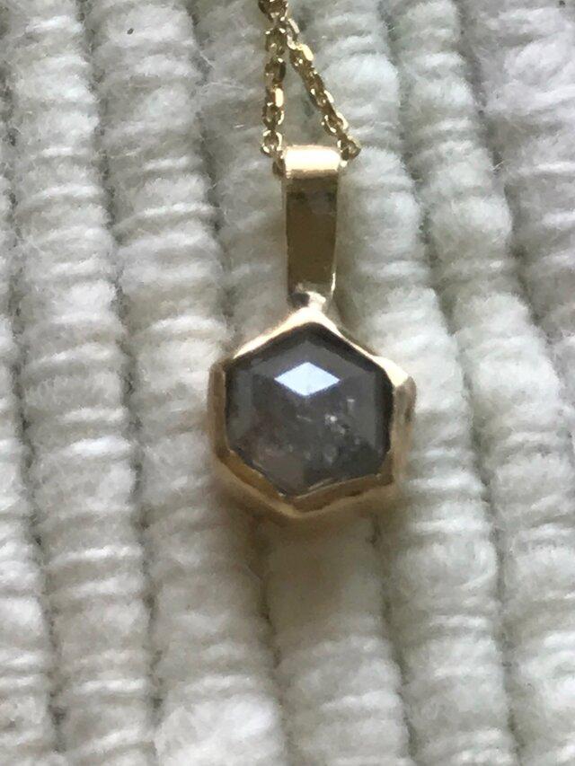 ヘキサゴン、ソルトアンドペッパーダイアモンドネックレスの画像1枚目