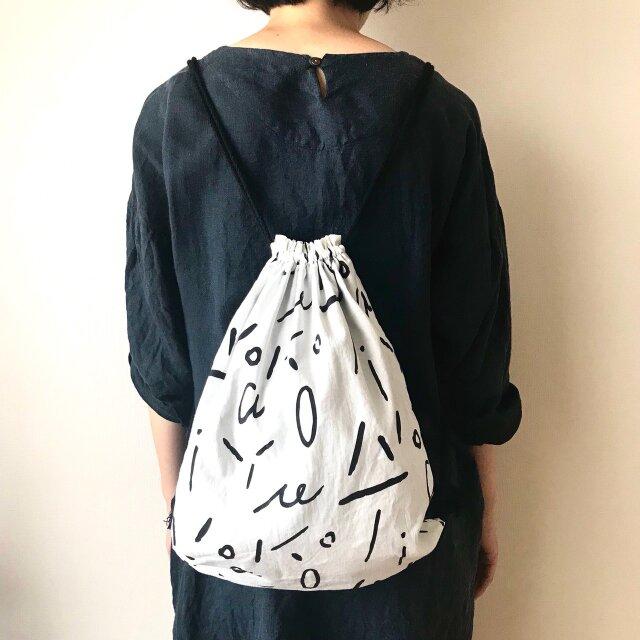 <New!>taiyounoko ナップサック (白×黒)の画像1枚目
