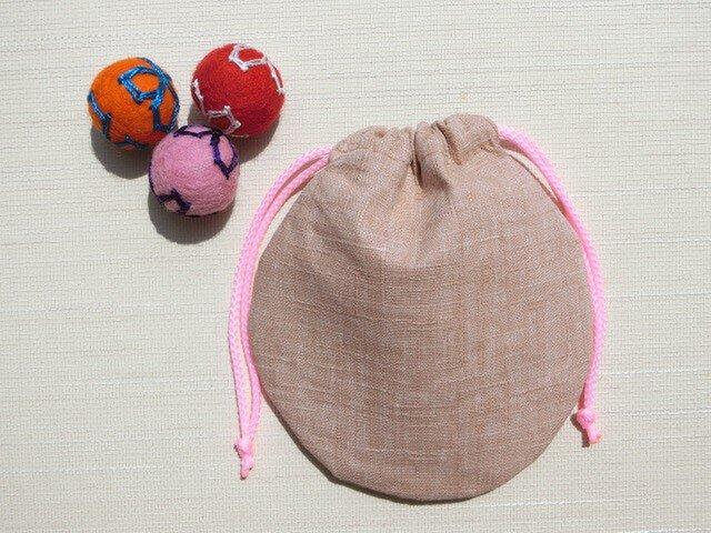 ミニ巾着 ドビー織り ピンクベージュ色 御守り 小物収納 プレゼントにも の画像1枚目