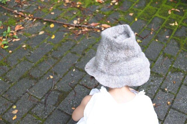 kids ハット felt 〜グレー × 茶〜 【リバーシブル対応】(2歳〜6歳頃)の画像1枚目