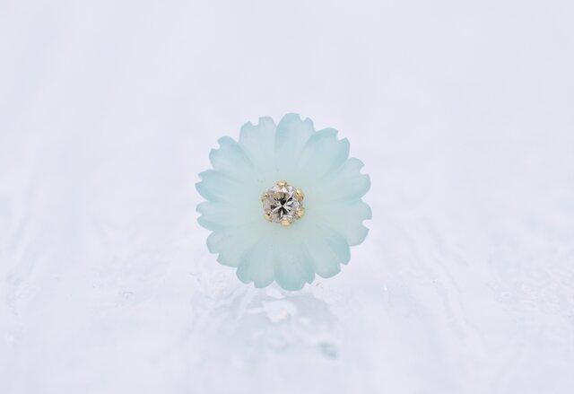 カルセドニーとダイヤモンドのピアス【片耳用】の画像1枚目