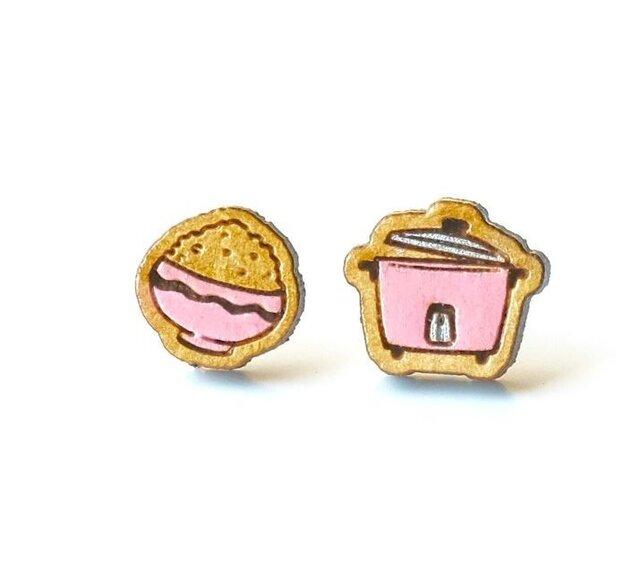 『田田製作所』手作り レディースイヤリング 炊飯器ピンクの画像1枚目