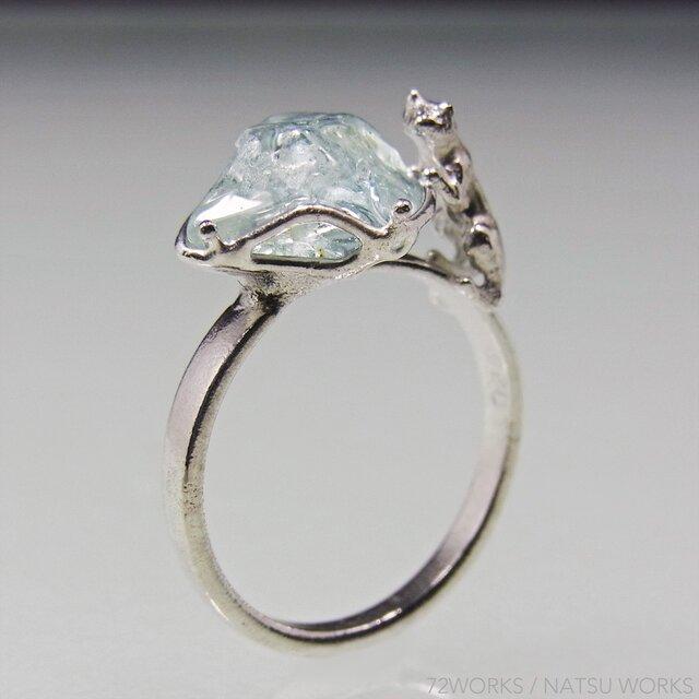 アクアマリンと猫 指輪  Aquamarine & Cat Ringの画像1枚目