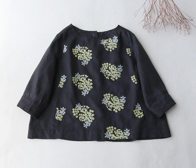 【受注製作】綿麻アジサイ刺繍!可愛綿麻製トップス・ブラウス098010 黒いの画像1枚目