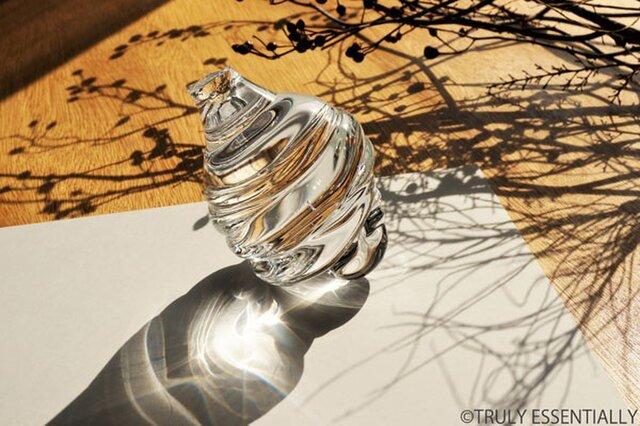 無色透明ガラスのインテリア・オブジェ -「 HIKARIのタネ 」●高さ12cmの画像1枚目