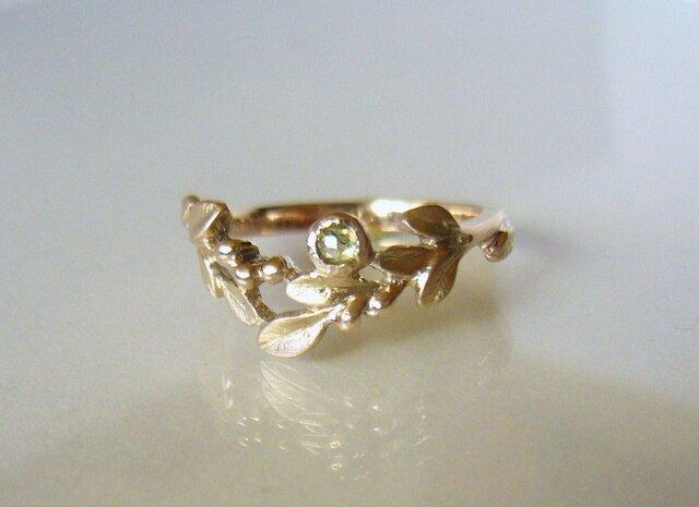ローズカットダイヤと植物のK10の指輪の画像1枚目