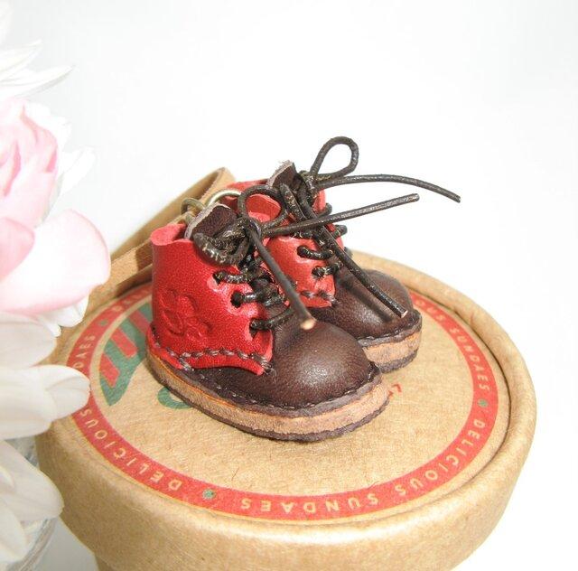姫路レザーミニチュアブーツネックレス 刻印無料の画像1枚目