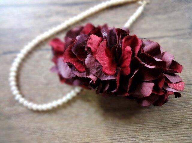 花びらのバレッタ■ふんわりシルエット ドライフラワー風秋色■バーニングレッドの画像1枚目