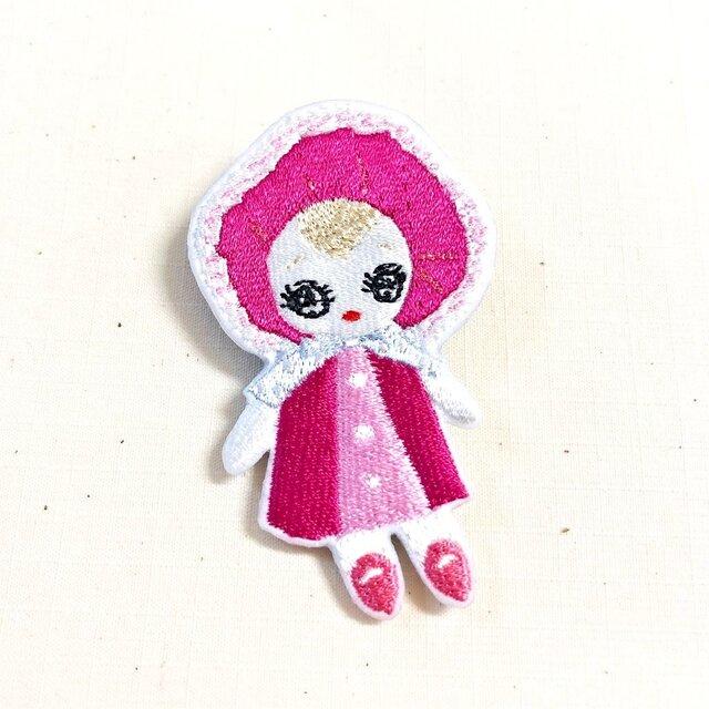 刺繍ブローチ 「文化人形:ピンク」の画像1枚目