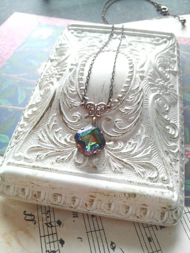 ヴィンテージ Rainbow-Square(10ミリ)ネックレスの画像1枚目