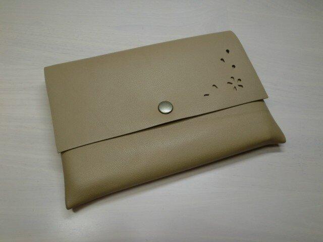 A6対応「HANABIRA」シリーズ・ゴートスキン・一枚革の母子手帳ケース・カードポケット付き・042の画像1枚目