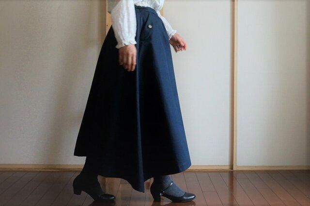 新色*ネイビー*チノクロス*ポケット付きフレアースカート*綿*裏地付きの画像1枚目