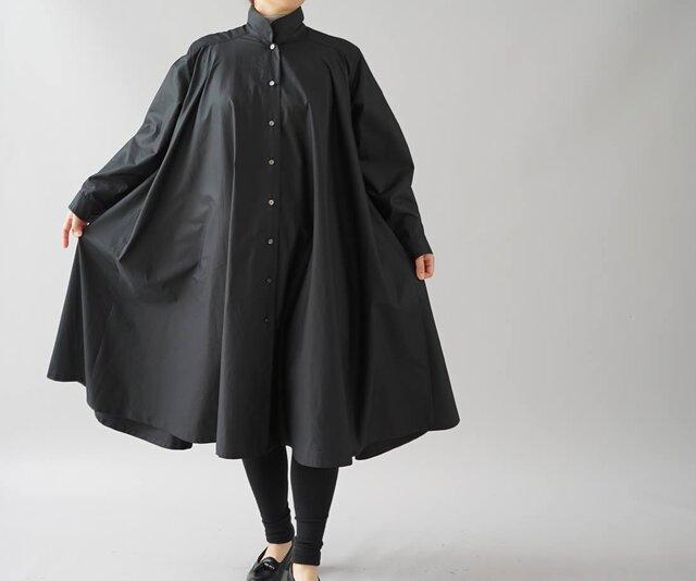 【wafu+】フレアワンピース  2way コットン シャツ スタンドカラー 長袖/ブラック b32-27の画像1枚目