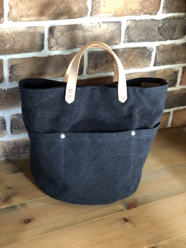 army duc round  bag M navyの画像1枚目