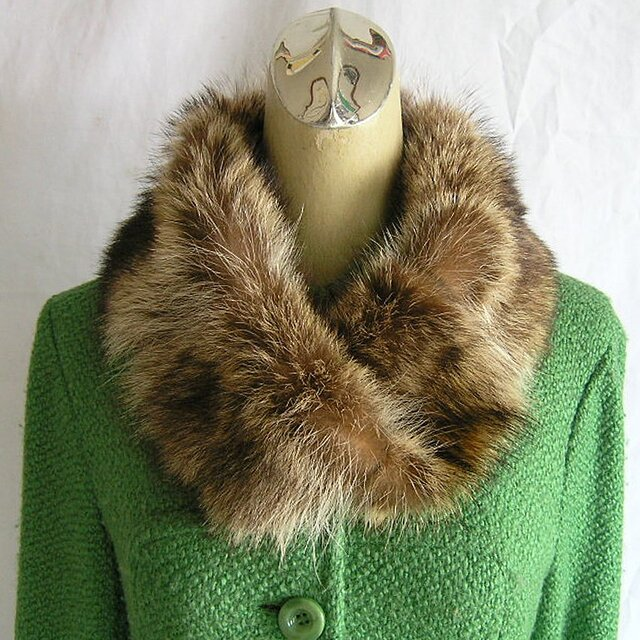 ¶ new antique fur ¶ ラクーンnejiriスヌード「kiris」の画像1枚目