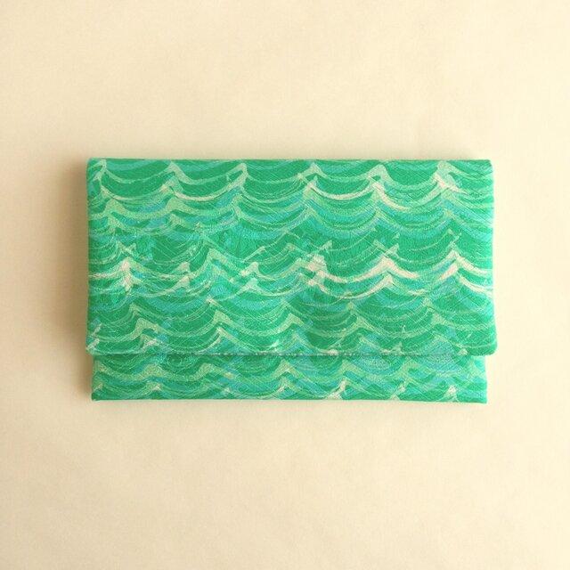 絹手染懐紙入れ(波・緑系/縦薄緑系)の画像1枚目