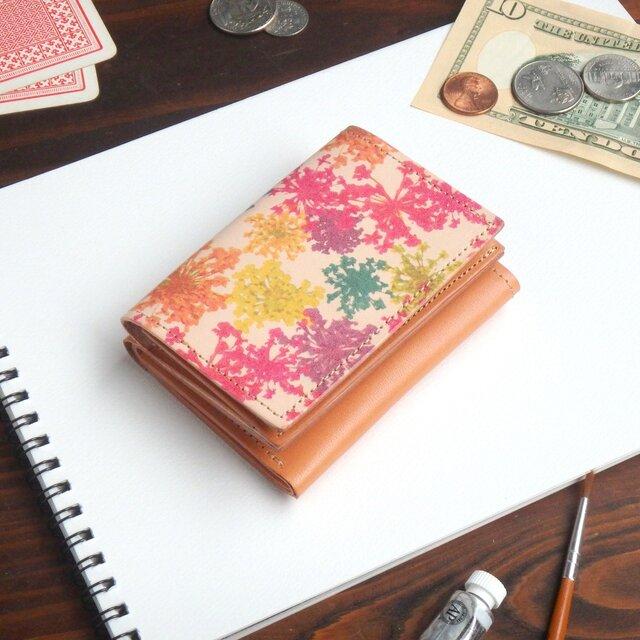 三つ折り ミニ財布(ビビット レースフラワー) 牛革  オールレザー ILL-1129の画像1枚目