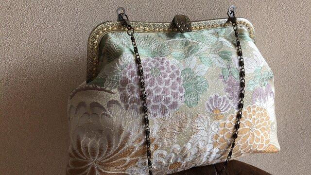 かぶせ口金バッグ・薄紫色菊柄帯地・2の画像1枚目