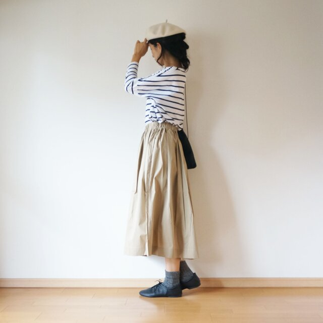 Cotton typewriter tuck skirt LADY'S size BEIGEの画像1枚目