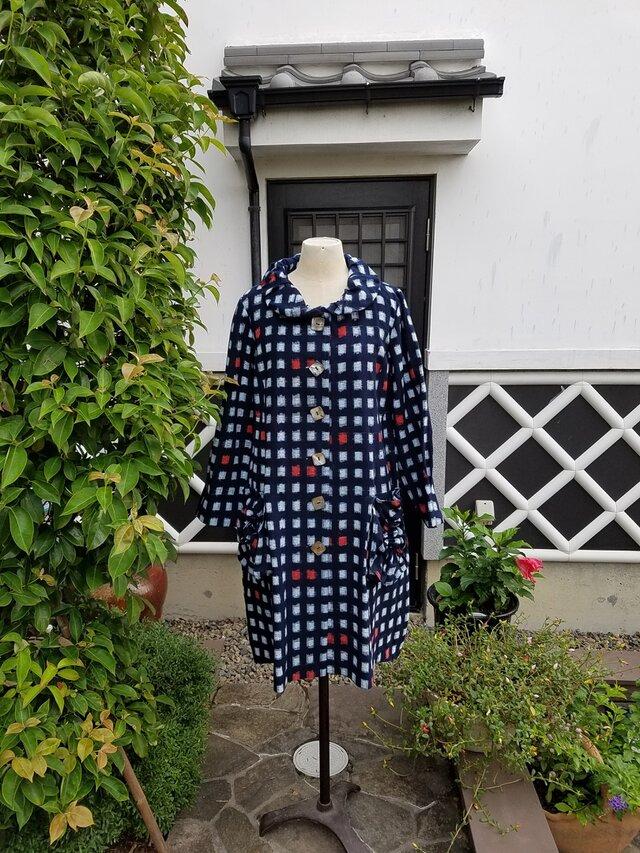 着物リメイク 手作り かわいらしい柄 かすり コートの画像1枚目