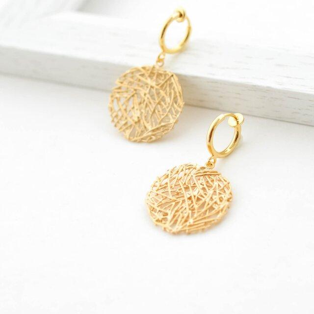 Mesh plate hoop earrings(gold)の画像1枚目