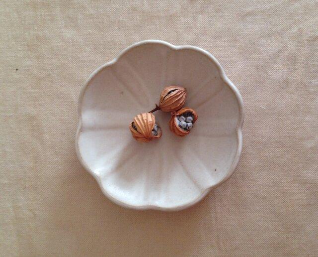 白花小皿の画像1枚目