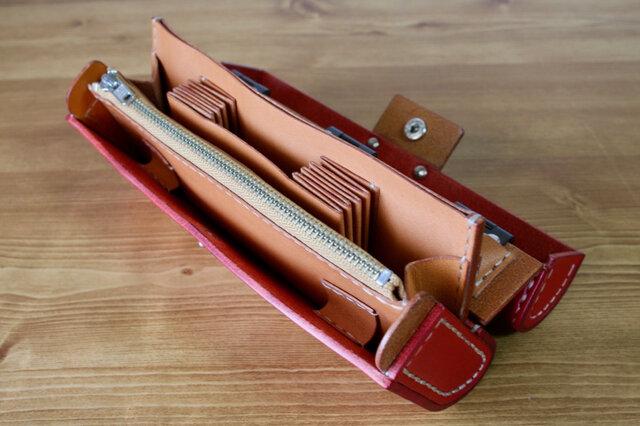 飛び出す絵本のような長財布(栃木レザー 赤と茶)の画像1枚目