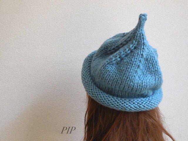 きれいな色のくるくるニット帽の画像1枚目