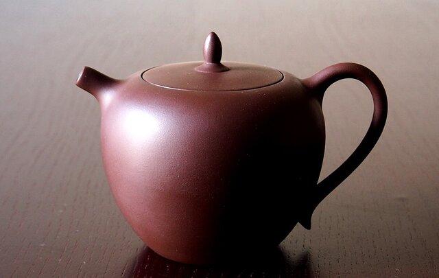 日本限定【台湾茶壺】台湾茶用急須 『甕』 -  かめ - 木箱付きの画像1枚目