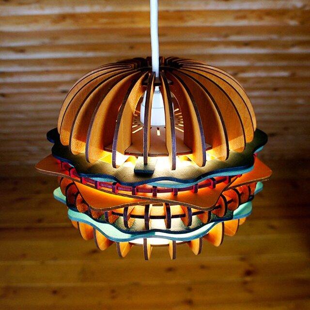 「ハンバーガー」木製ペンダントライトの画像1枚目