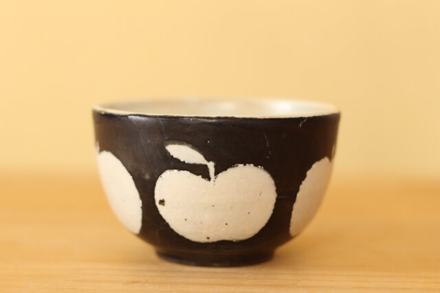 K様専用画面。黒りんご柄のボウル小の画像1枚目