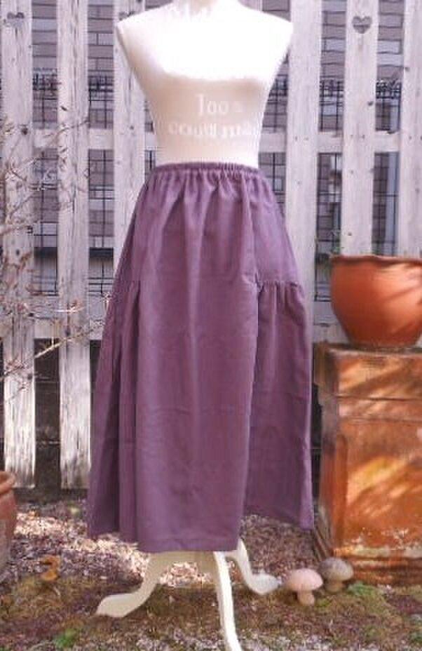 ふんわりフェミニンなサイドギャザースカート(藤色)の画像1枚目