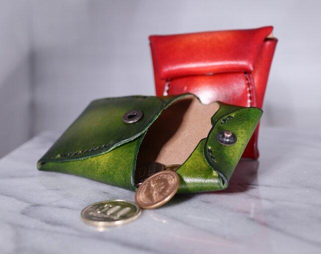 【送料無料】【名入れ可】手染めの本革コインケース【緑】の画像1枚目
