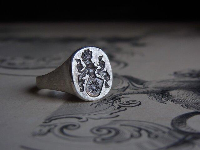 紋章のリング SVの画像1枚目