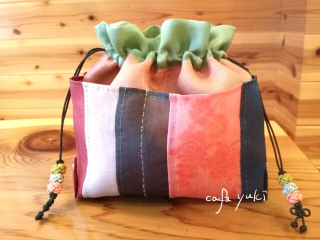 シルク手縫い巾着バッグinバッグの画像1枚目