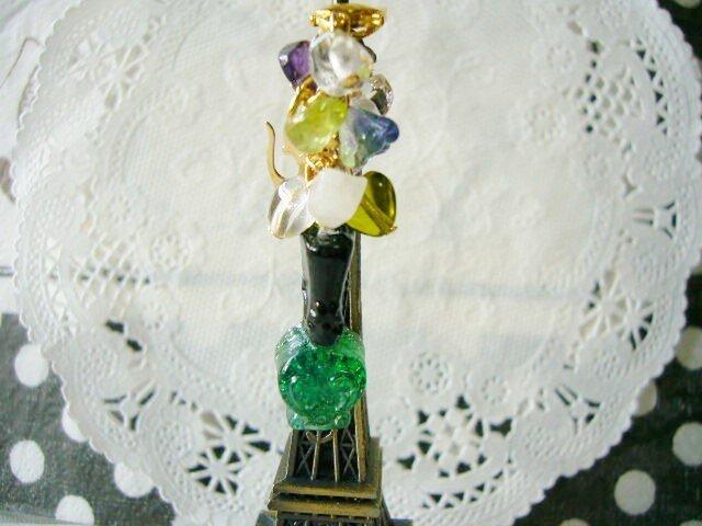 スマホピアス&ストラップ:グリーンマニキュアボトル(14)の画像1枚目