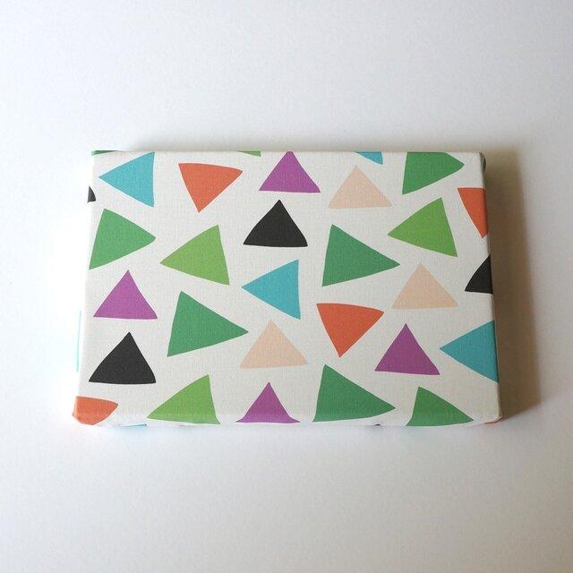 cheerful triangle ( green ) ファブリックパネルの画像1枚目