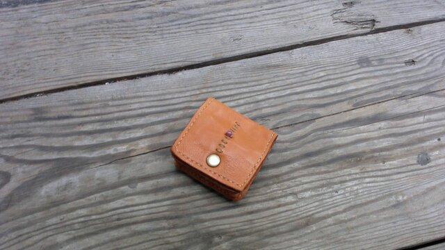 四角い形のコイン入れの画像1枚目