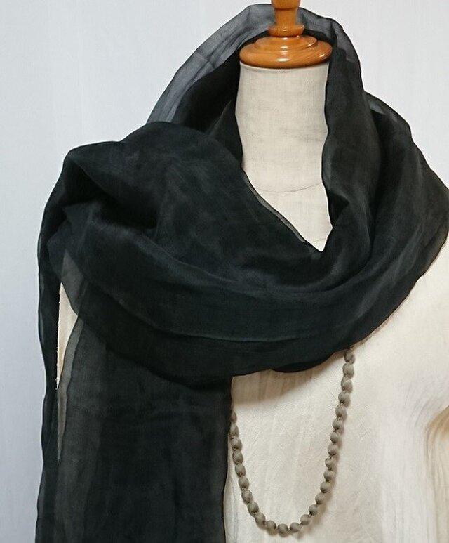 手織りシルクオーガンジー大判ショール 黒の画像1枚目