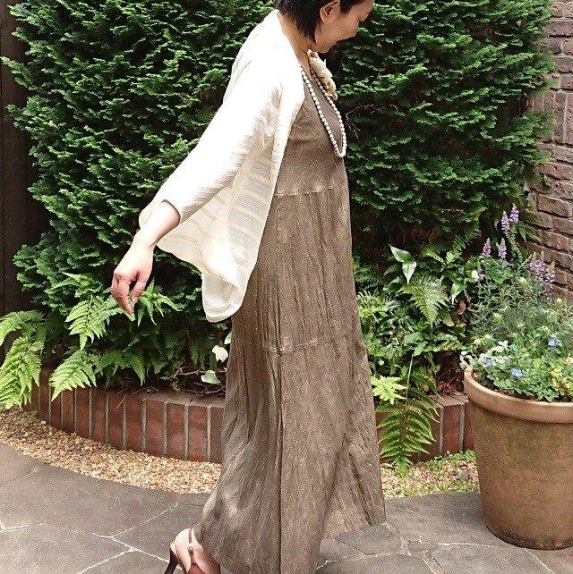 草木染手織りシルク ロングワンピースの画像1枚目