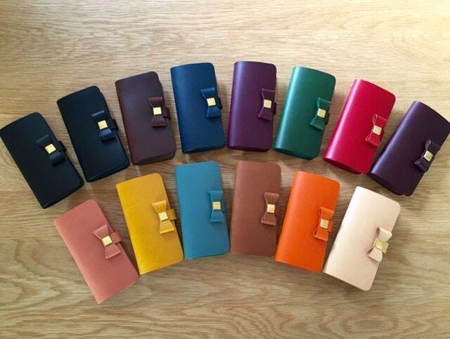 組み合わせ自由 イタリアンレザーブッテーロのiPhoneケース シンプルリボンタイプ 全15色 本革 iPhone全機種の画像1枚目