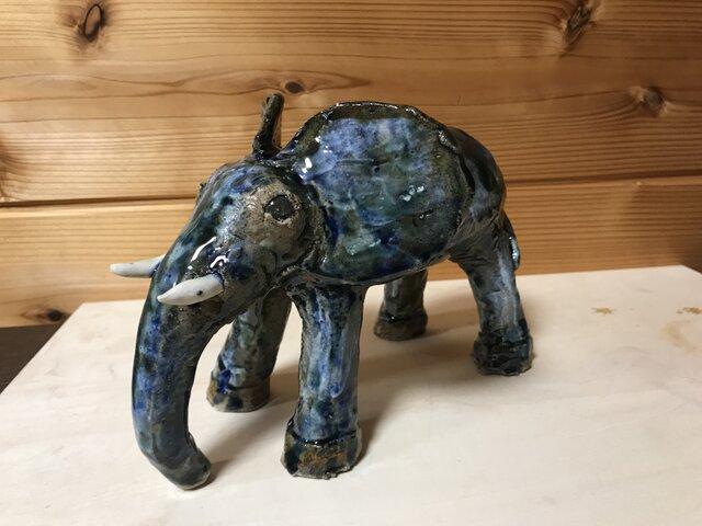 蒼き陶象の画像1枚目