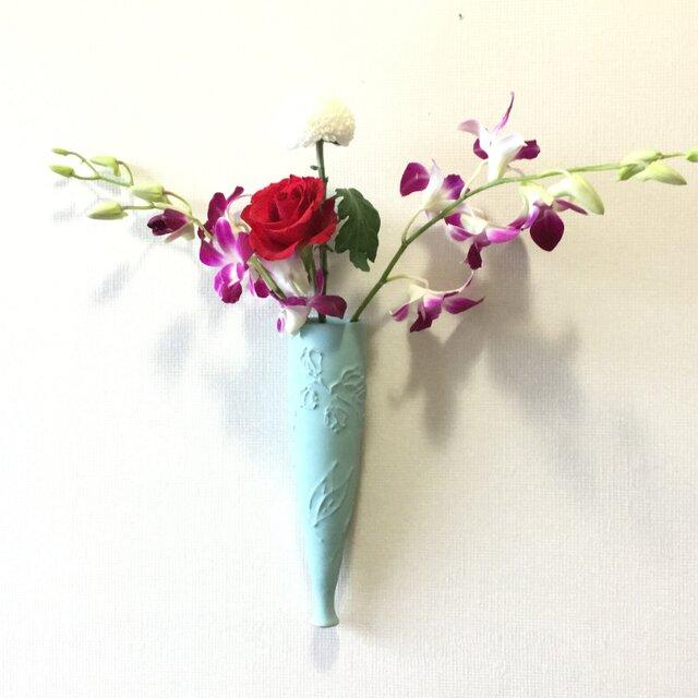 青釉掛け花入 壁掛け用花器の画像1枚目