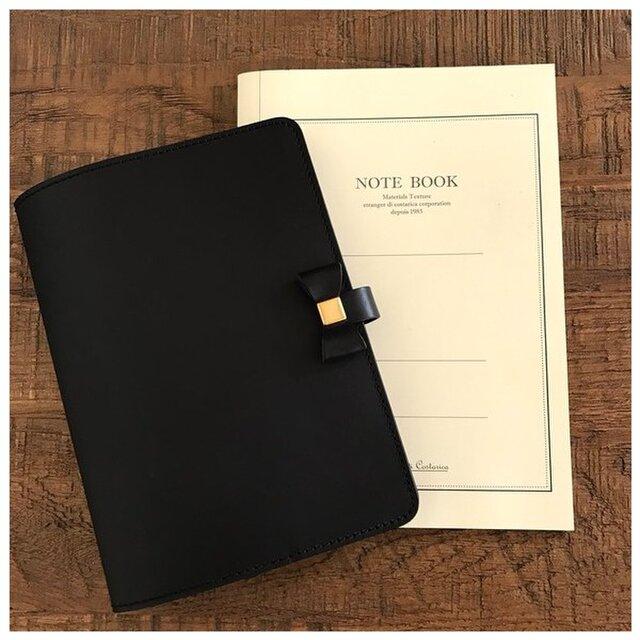 イタリアンレザーブッテーロのリボン付き手帳カバー フラップ付き A5サイズの画像1枚目