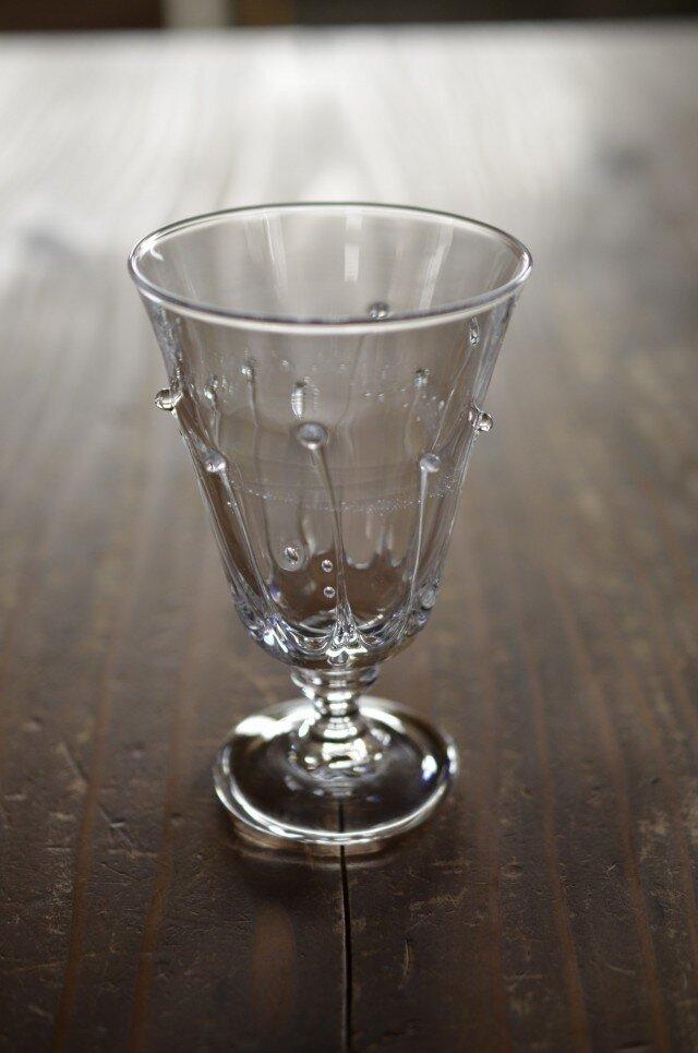 雫のワイングラスの画像1枚目