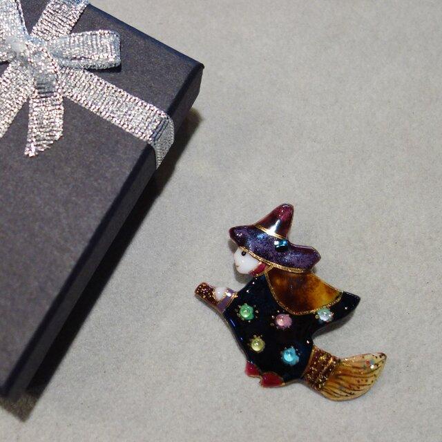 七宝焼ブローチ ハロウィンの魔女 Cの画像1枚目
