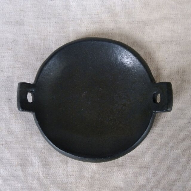 耳付き豆皿(黒)の画像1枚目
